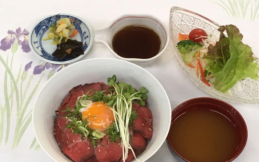 ローストビーフ丼御膳